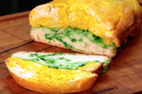 Pão verde e amarelo