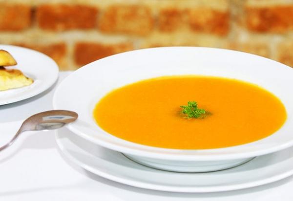 Sopa de abóbora com músculo