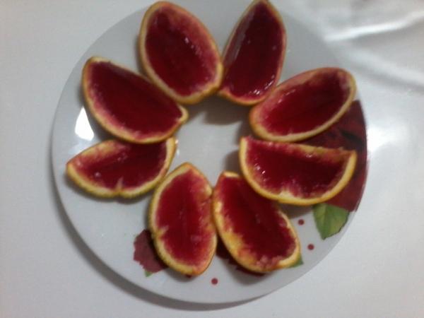 Gelatina na casca da laranja