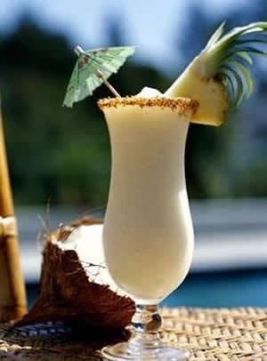 Drink de Abacaxi com Coco