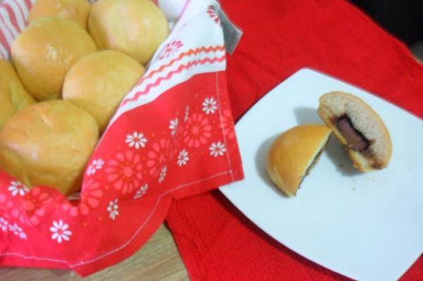 Pão recheado com Nutella