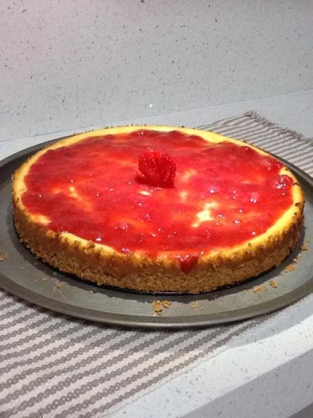 Cheesecake com cobertura de morango