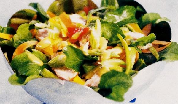 Salada de Ervas Finas com Salmão
