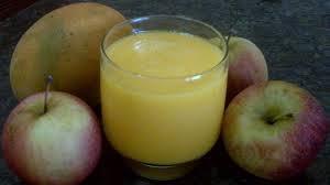 Vitamina de manga com maçã
