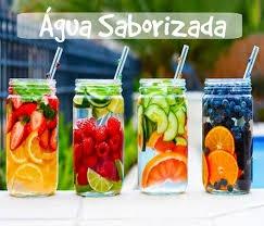 agua saborizada com frutas