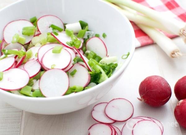 Salada Cremosa rabanete com ovos