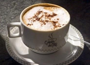 Nescafé cremoso com Chantilly