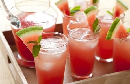 Raspadinha de melancia [sem álcool]