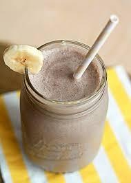 Smoothie de chocolate com banana
