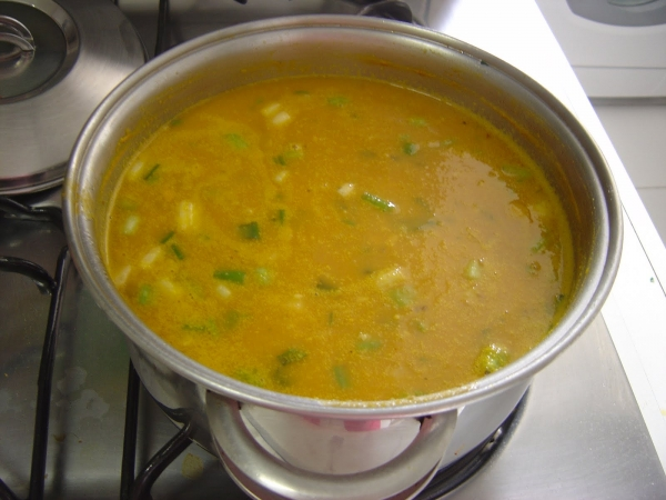 Sopa com proteína texturizada de soja e abóbora
