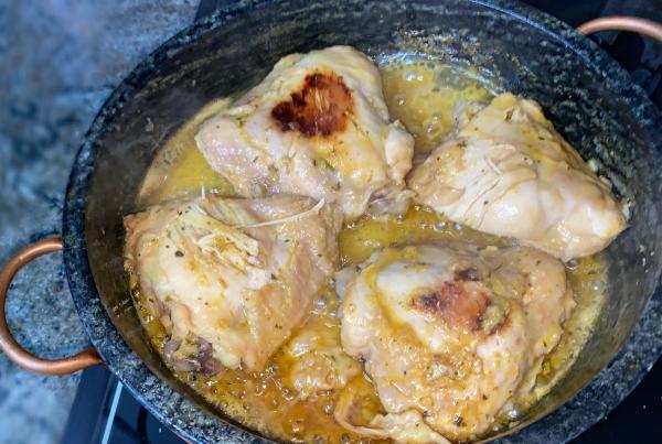 Sobrecoxa de frango deliciosa