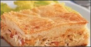 Torta de frango de liquidificador deliciosa e fácil
