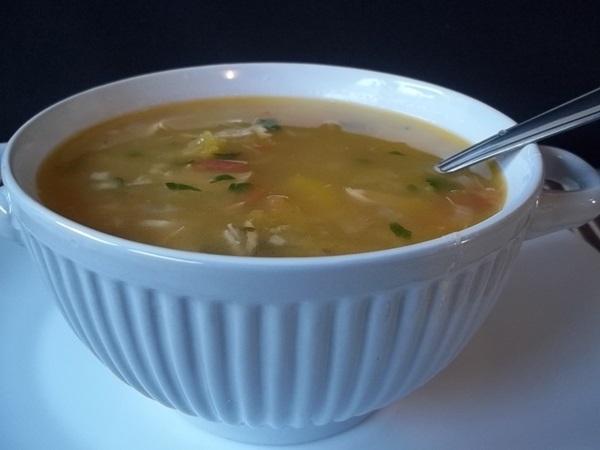 Sopa de mandioquinha com frango