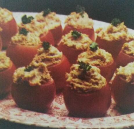 Tomates recheados com presunto