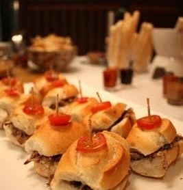 Mini sanduíche de carne