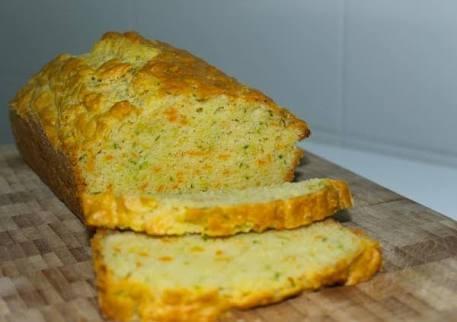 Bolo de pão com legumes
