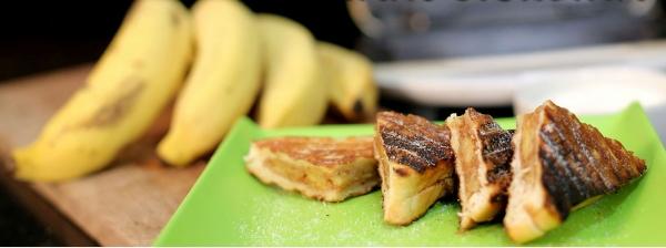 Torta de banana na sanduicheira