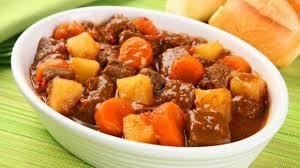 Picadinho de carne com batata e cenoura - fácil